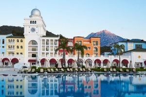 Club La Costa World Welcomes Back Guests